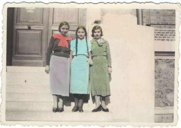Trois jeunes filles à Aulnay-sous-Bois, le 23 septembre 1934 - DR/Coll. privée.